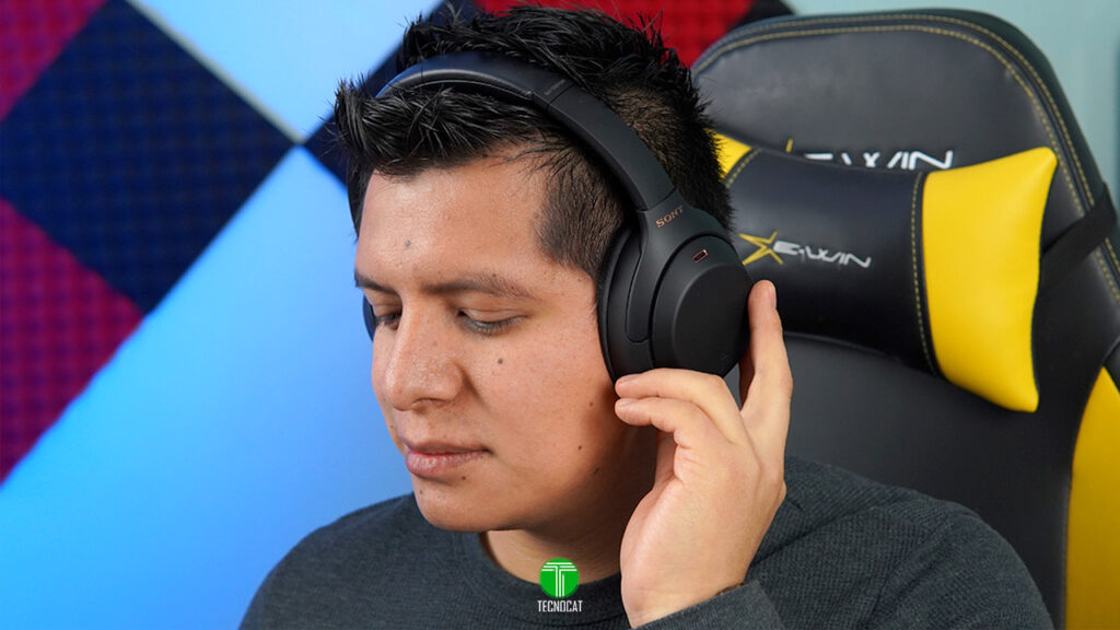 Review Sony WH-1000XM4
