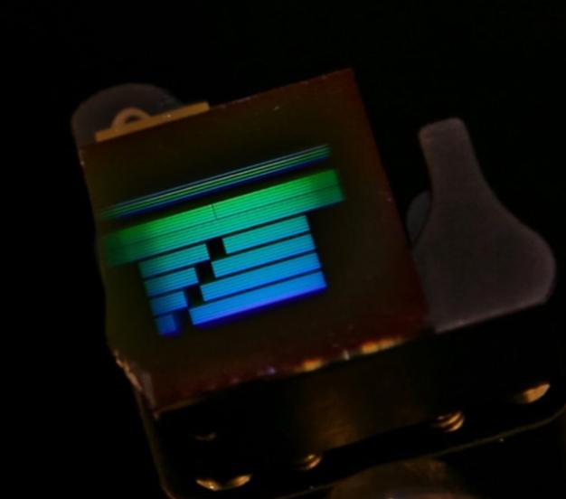 Lo siguiente en electrónica serán los circuitos ópticos de IBM